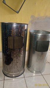 tong sampah stainless standing ashtray